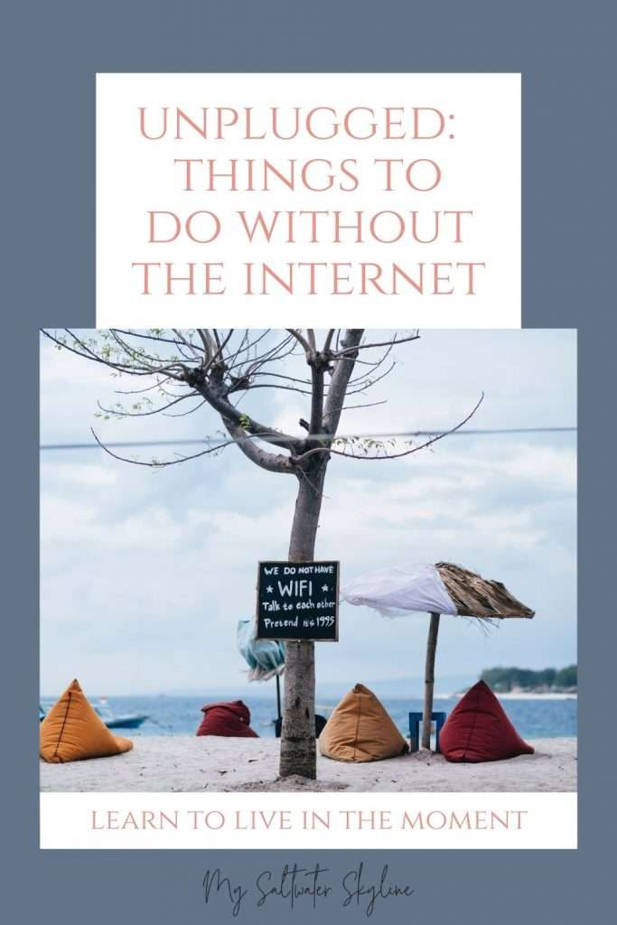 beach-bean-bags-tree-sign-saying-no-wifi-unplugged-things-to-do-without-the-internet-blog-post